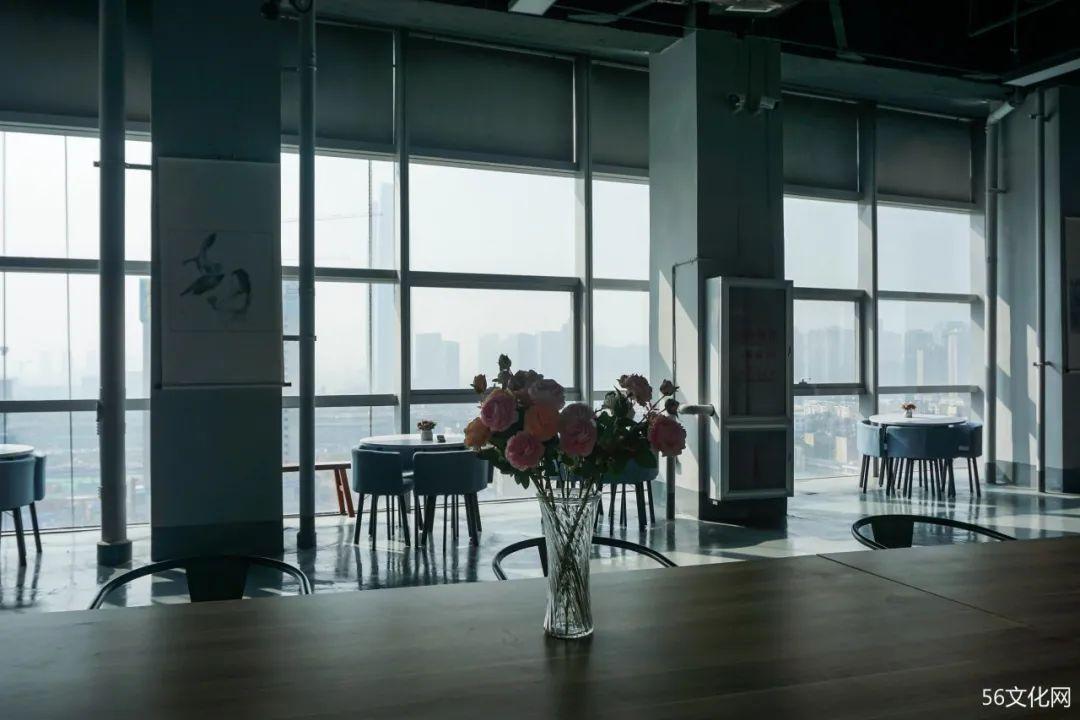 曹雄艺术馆:云南最大私人艺术馆,竟藏在购物中心里