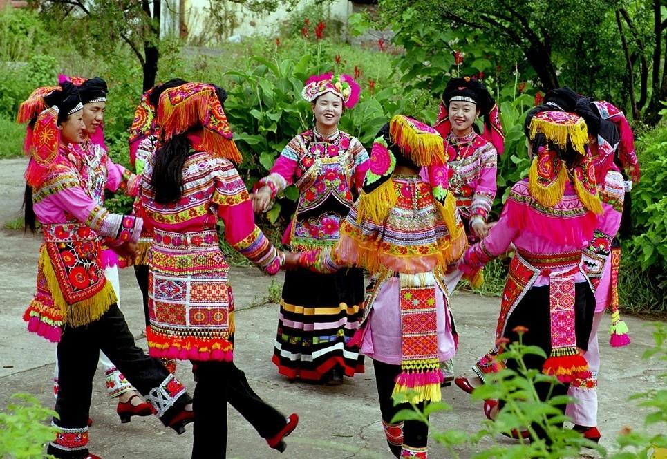 纳西族舞蹈