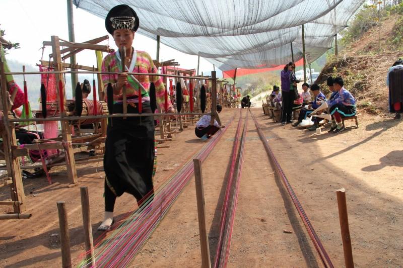 傣族织锦技艺