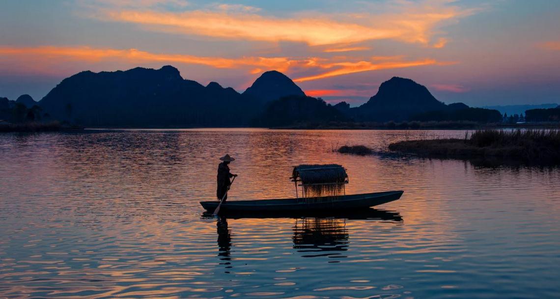砚山浴仙湖